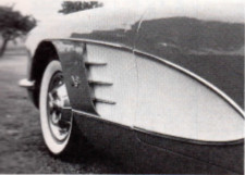1958-corvette-side-insert-painted-white