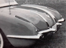 1958-corvette-tail-lights-and-rear-fender-mounted-antenna
